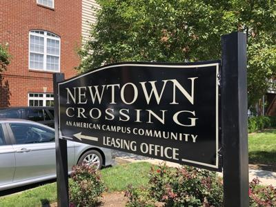 Newtown Crossing apartments