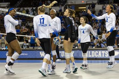 8:17:07:Volleyball vs. Southern California