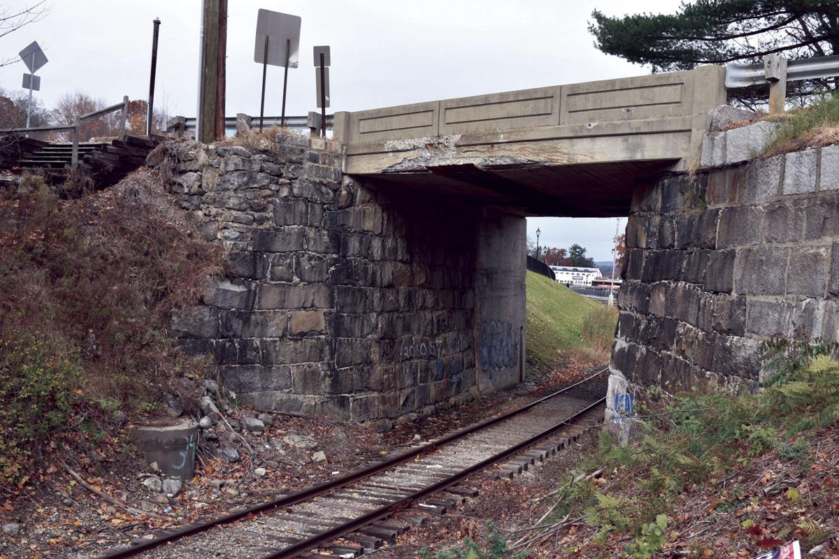 11-20 Weirs RR Bridge 2