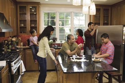 multi gen family living