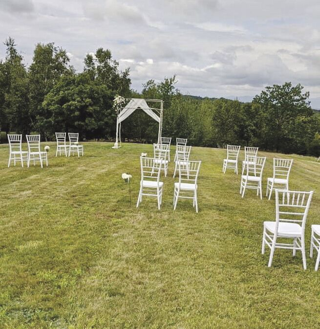 tiny wedding chairs