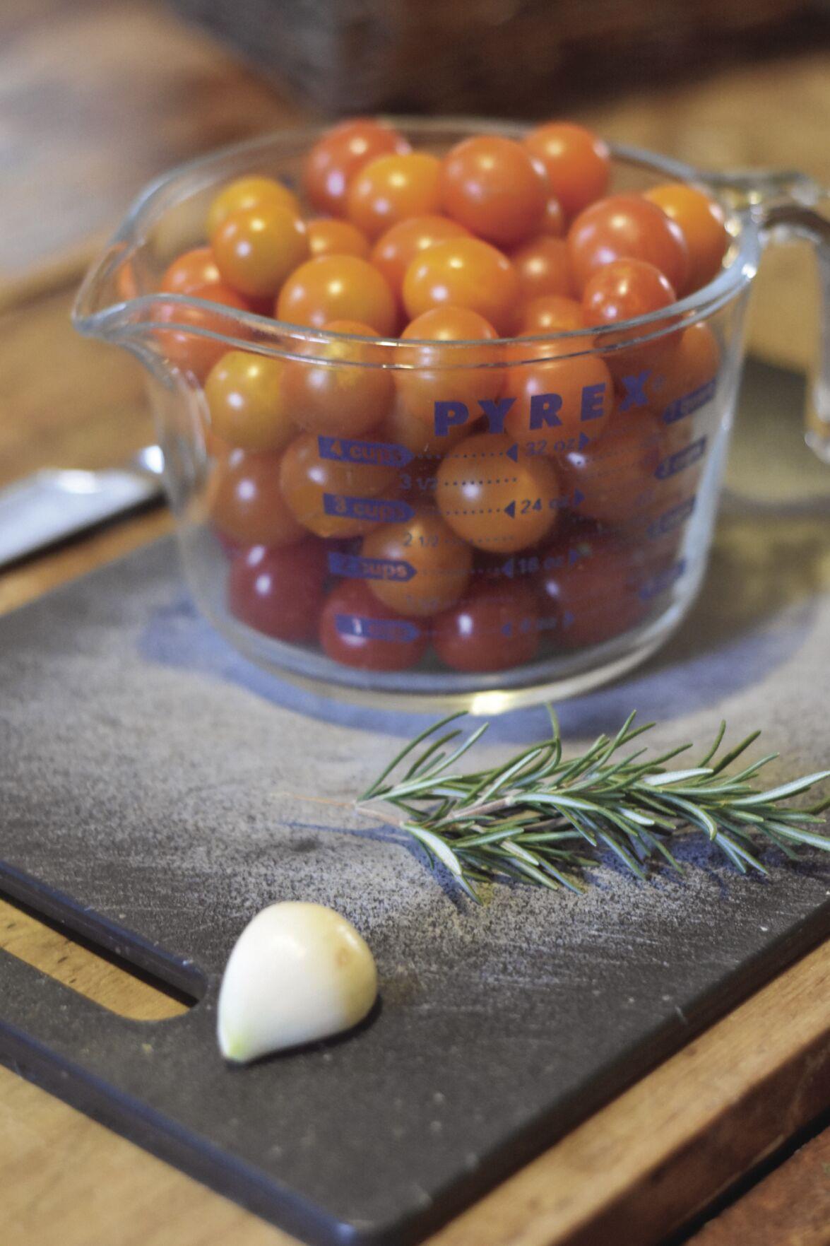 09-17 Tomatoes ingredients