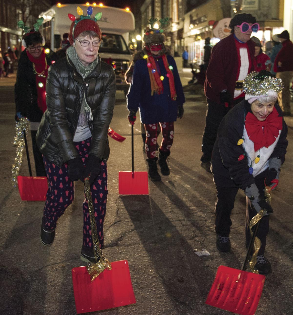 Laconia Christmas Parade 2020 Lighting up the night | Local News | laconiadailysun.com