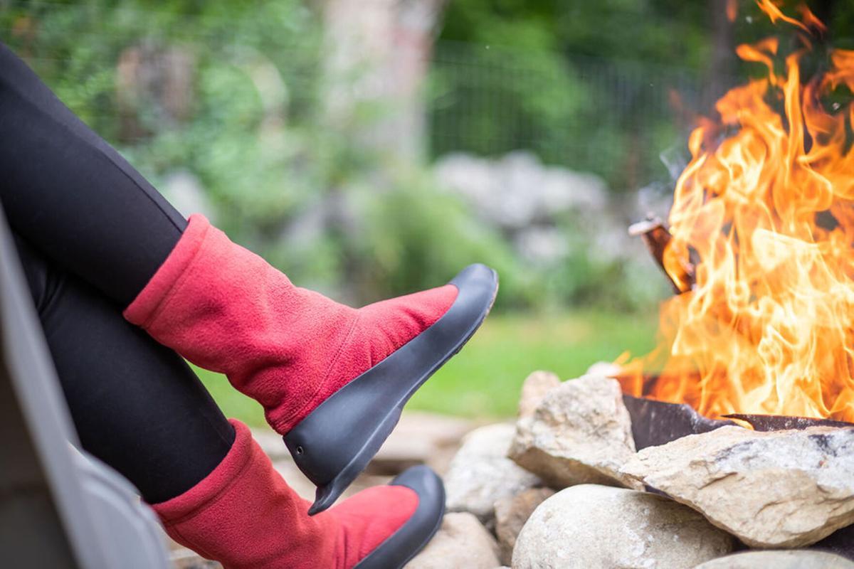 11-24 Winnies Socks firepit
