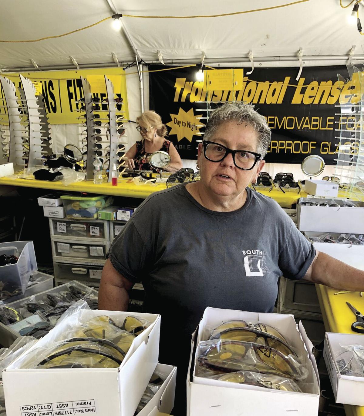 Weirs-Glasses Vendor