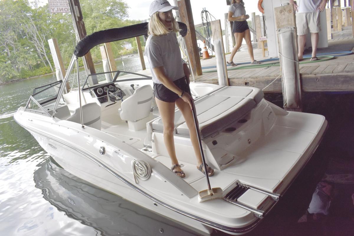 Boat Rentals Julianna