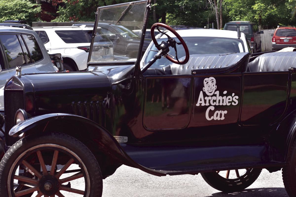 08-10 Archie Car