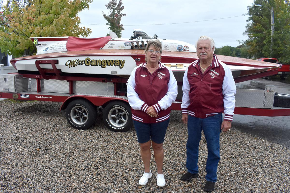 09-14 Vintage Race Boat Miss Gangway