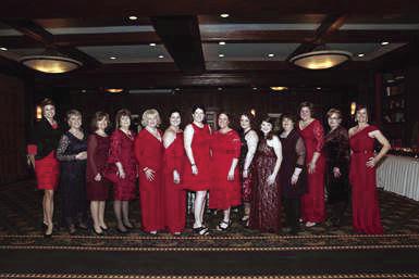 01-31 COM Red dress gala