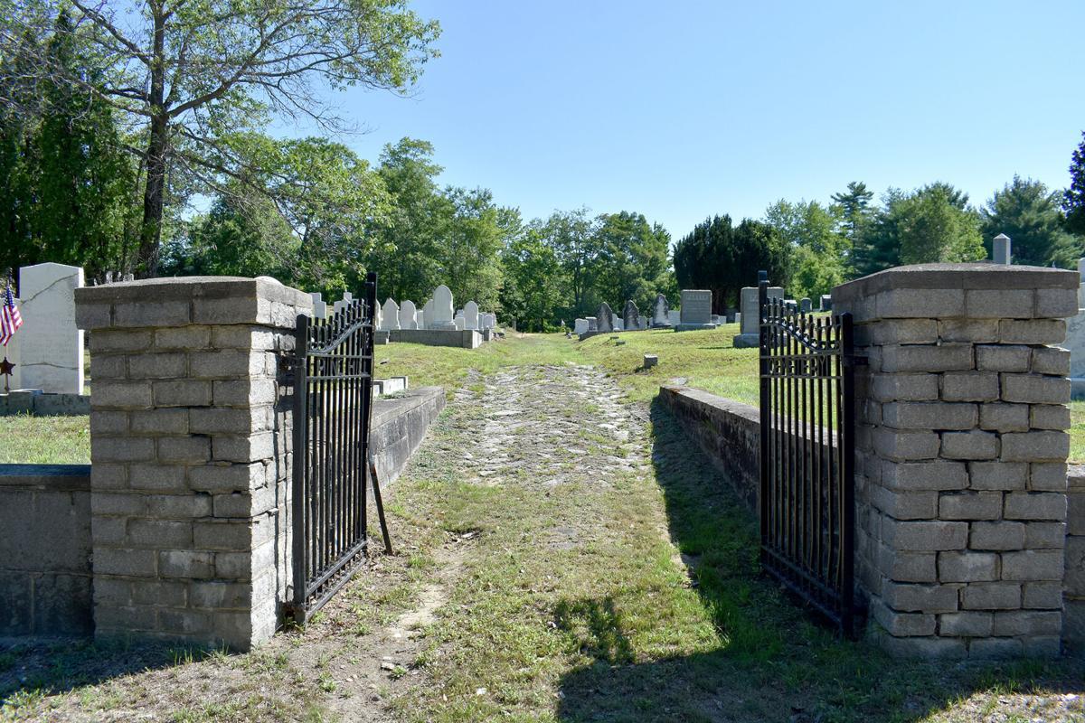 07-30 Pine Hill Cemetery gate