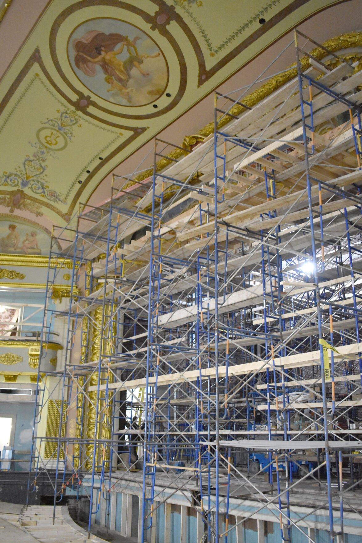10-31 Colonial scaffolding