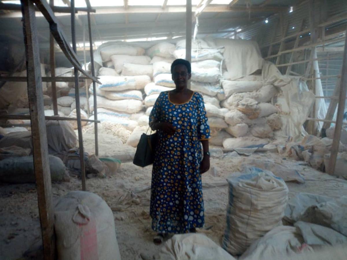06-25 Rwanda Warehouse