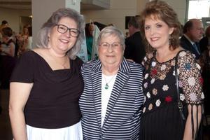 Lisa Sienkiewicz, Grace Katzenberger, Mary Hediger