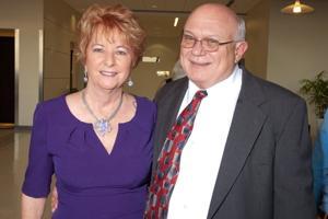 Nancy Larson Vomund, Ron Vomund
