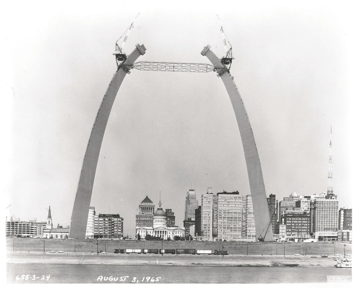 STL_Arch_Historic_1965.07 597ft._C_source.jpg