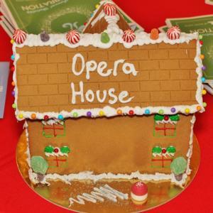 12.01.16-Opera-Holiday-35.JPG