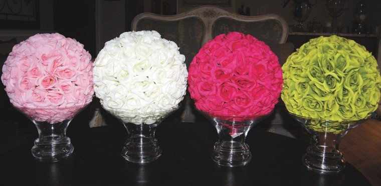 Party ideas for a sweet 16 living for Flower arrangements for sweet 16