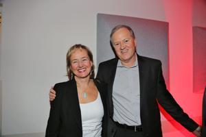 Marie Carlie, Bruce Hoskins
