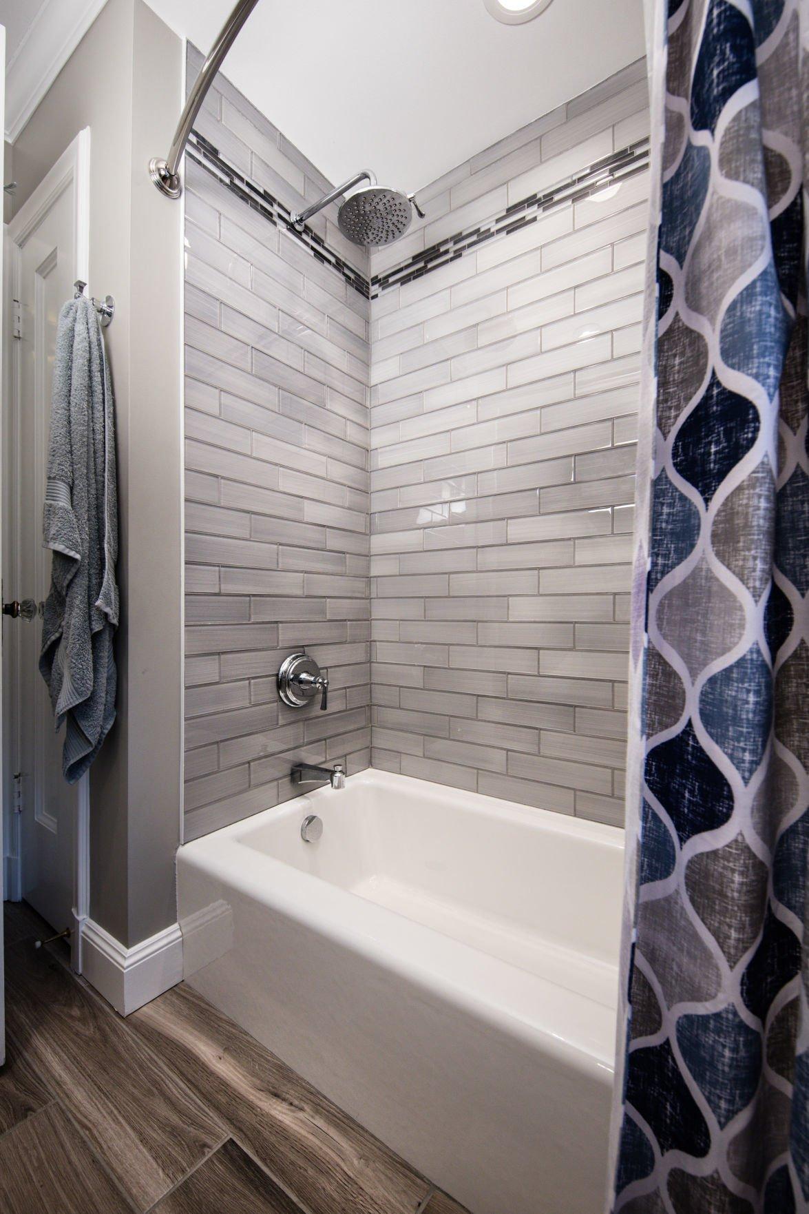 Eichhorn_Bathroom--2_74293.jpg