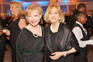 Donna Wilkinson, Lyda Krewson