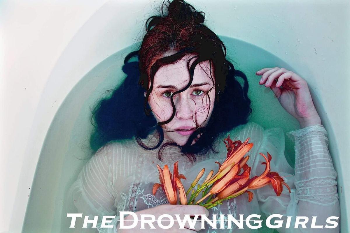 drowninggirls6.jpg