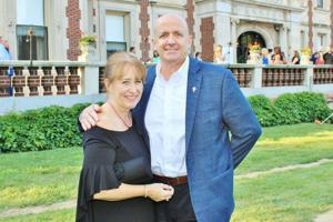 Ann and John Farnen