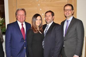 Robert Munsch MD, Lauren Munsch-Dal Farra MD, Brice Dal Farra, Kevin Cloninger Phd