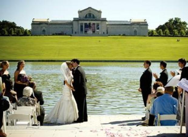 Tiffany Farley And Tim Vanmatre Wedding Weddings Engagements Laduenews