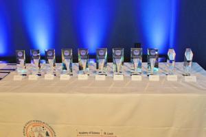 4.6.17-Science-Awards-55.JPG