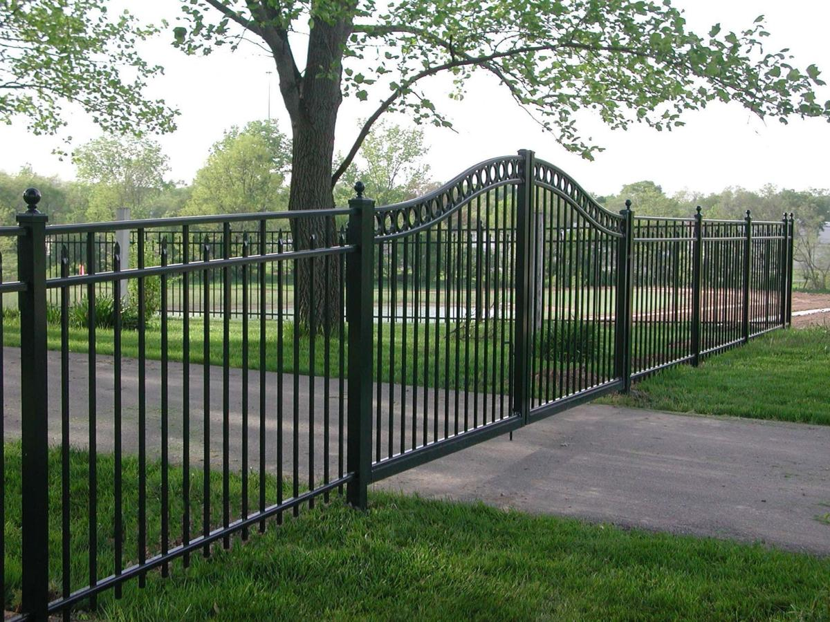 Estate Arched Gate - Chesterfield Fence.jpg