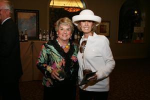 Peggy Desmond, Sharon Taylor