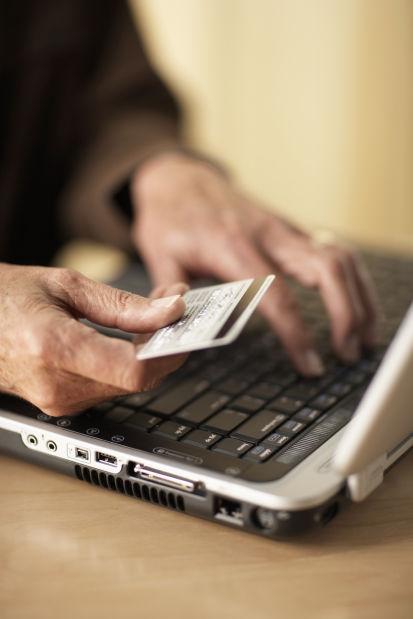 012414-liv-Finance 4--Identity Theft
