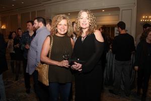 Sue O'Brien, Kim Flores