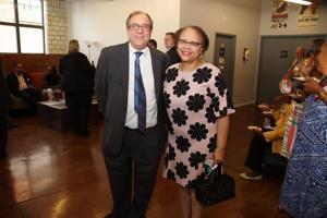 Dan Glazier, Patricia Lee
