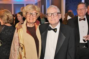 Carolyn and Joseph Losos