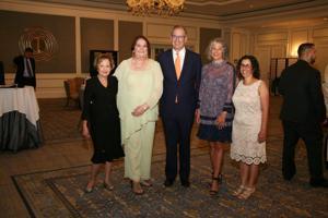 Barbara Mirowitz, Betsy Dennis, Michael and Carol Staenberg, Cheryl Maayan