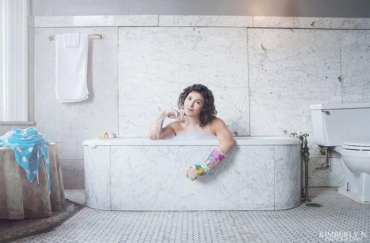 brokenbathtub1.jpg