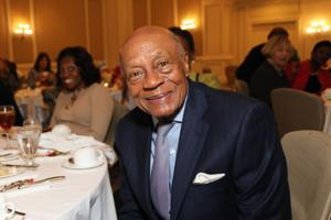 Dr. Donald Suggs