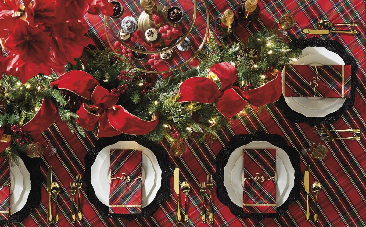 Frontgate Holiday Plaid table linens and Contessa entertaining collection '162281_002.jpg