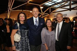 Lisa and Tom Suntrup, Suzanne and John Wolf