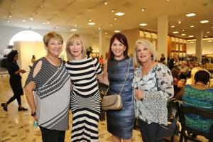Harriet Dickson, Robyn Cherry, Shelly Pavll, Linda Kline