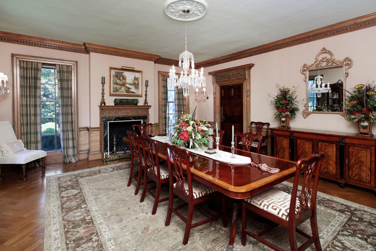 3Edgewood Dining Room 1.jpg