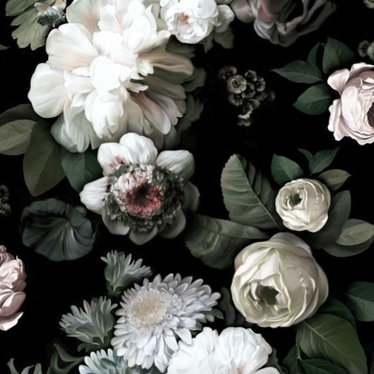 3 Dramatic Floral Decor Pieces You Ll Love Columns Laduenews Com