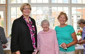 Nancy Murphy, Elaine Ketchelmeier, Gloria Luber