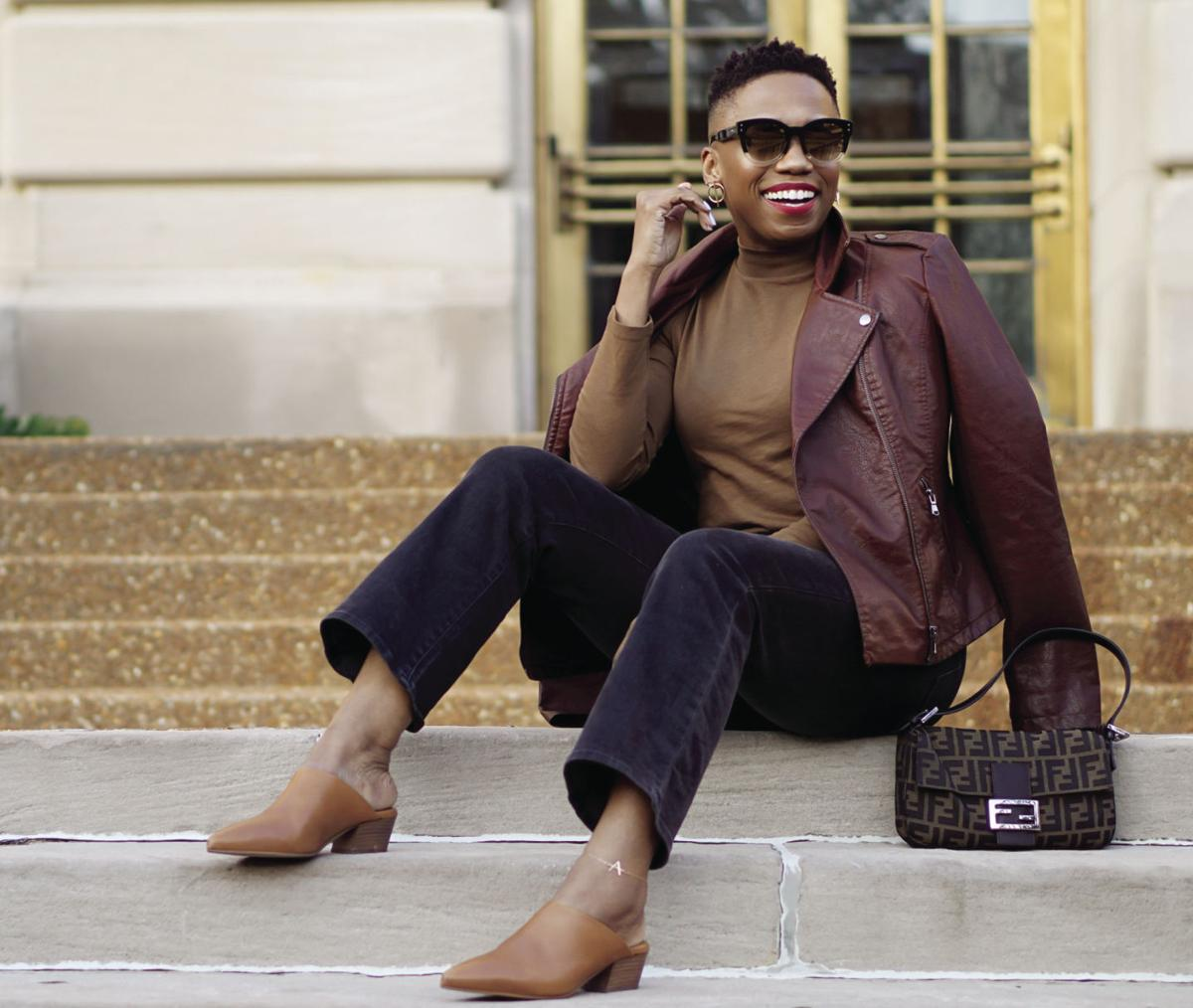 How to wear black and brown_Fendi Zucca Baguette 1g.jpg