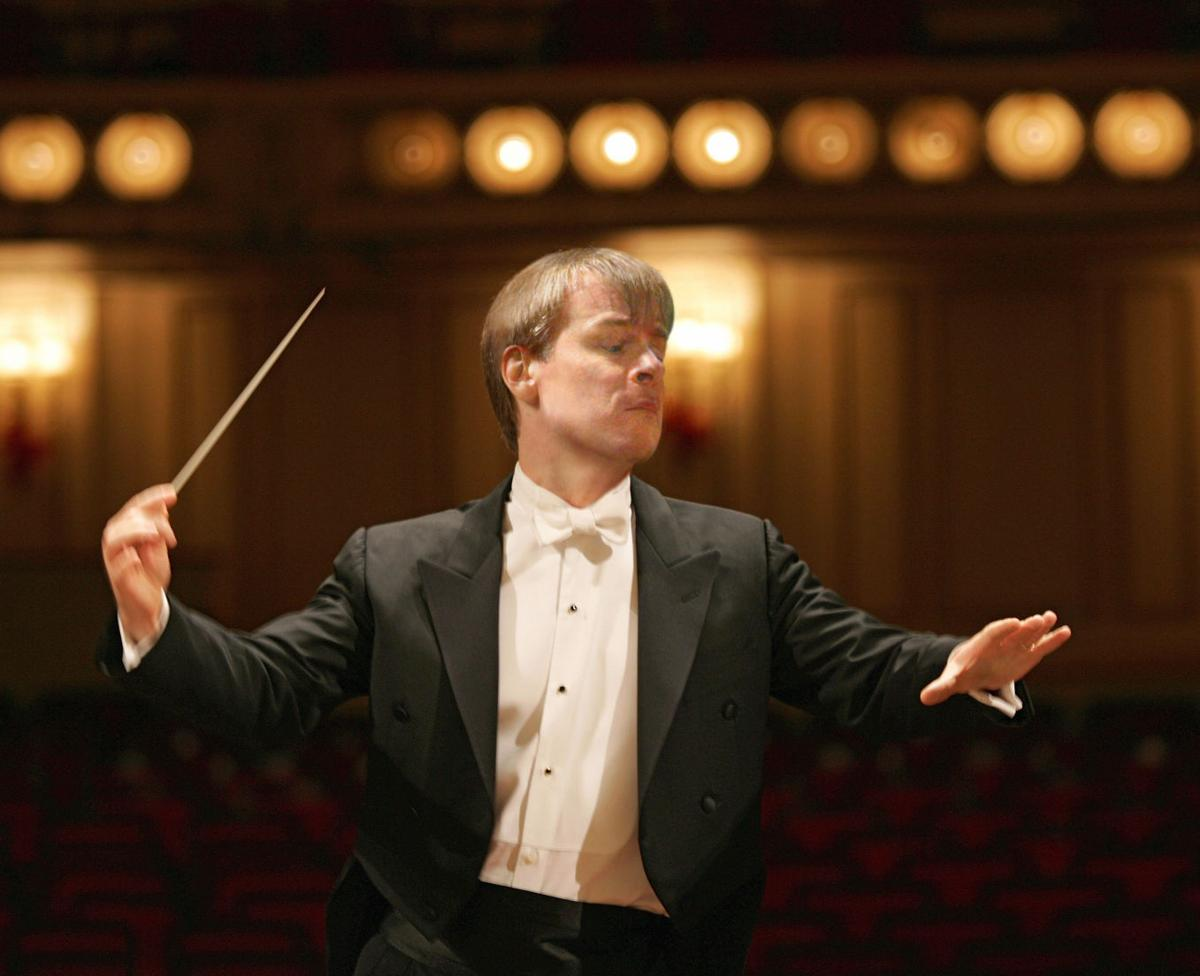 symphony_robertson_credit_Dan_Dreyfus.jpg
