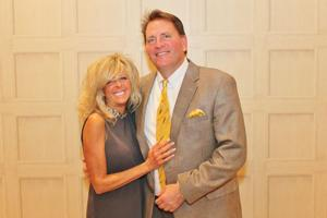 Linda and Jack Horas