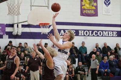Chieftains back on track with three wins