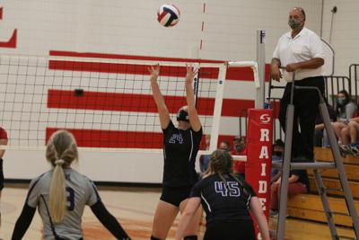 Lady Chieftains down Trojans, sweep Bobcats