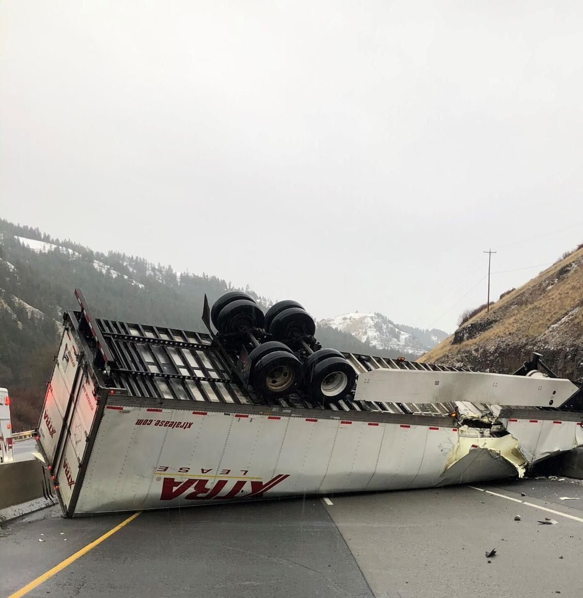 Jan. 12, 2021 Semi crash 2.jpg